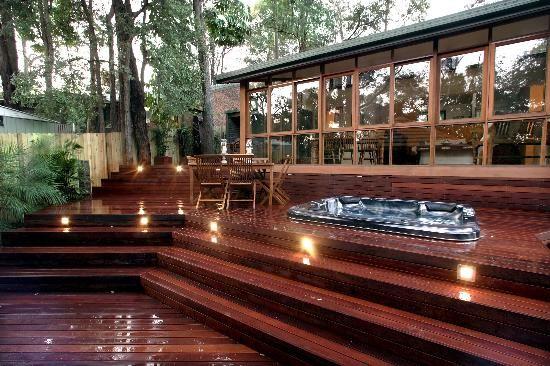 deck hot tub 18