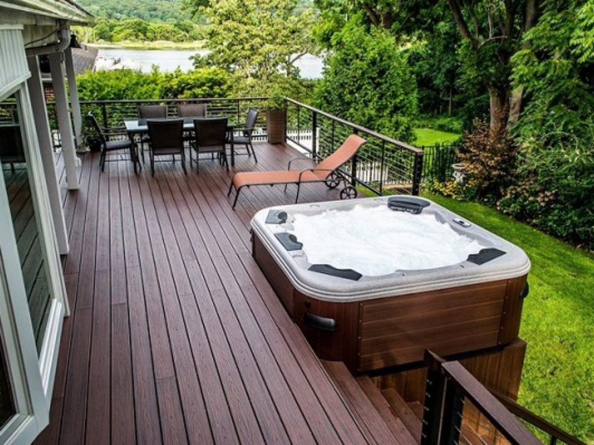 Image of: 20 Most Beautiful Deck Hot Tub Ideas For Joyful Backyard