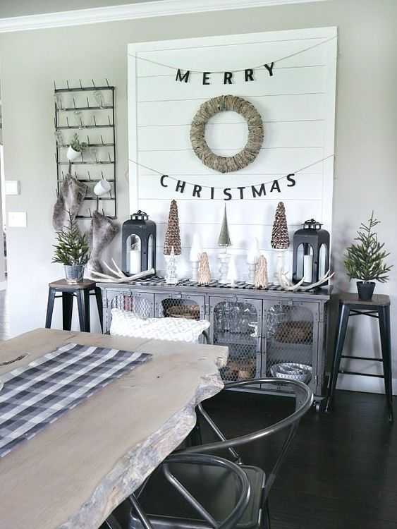diy christmas dining room 11