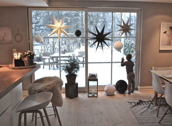 diy christmas dining room 19