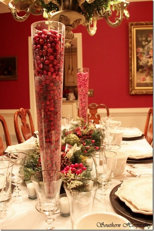 25+ Most Creative DIY Christmas Dining Room Decoration Ideas To Try