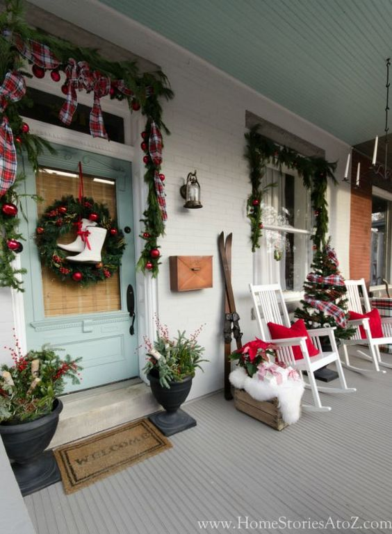 diy christmas patio decoration 1