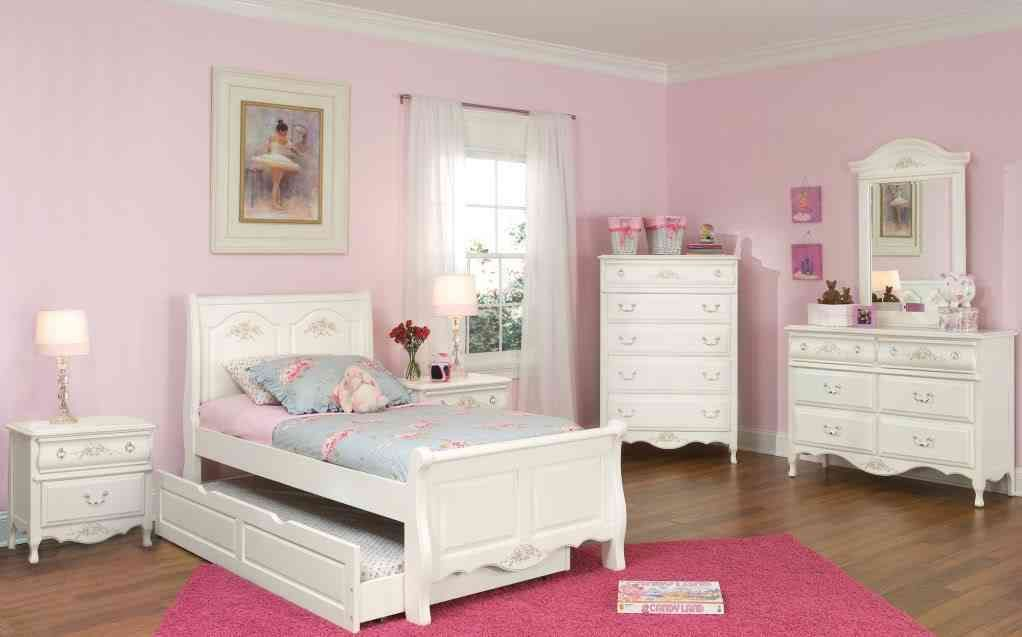 9 White Bedroom Furniture Ideas | Amazing Bedroom Decor