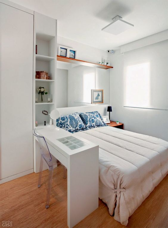 Small Guest Bedroom 16-min