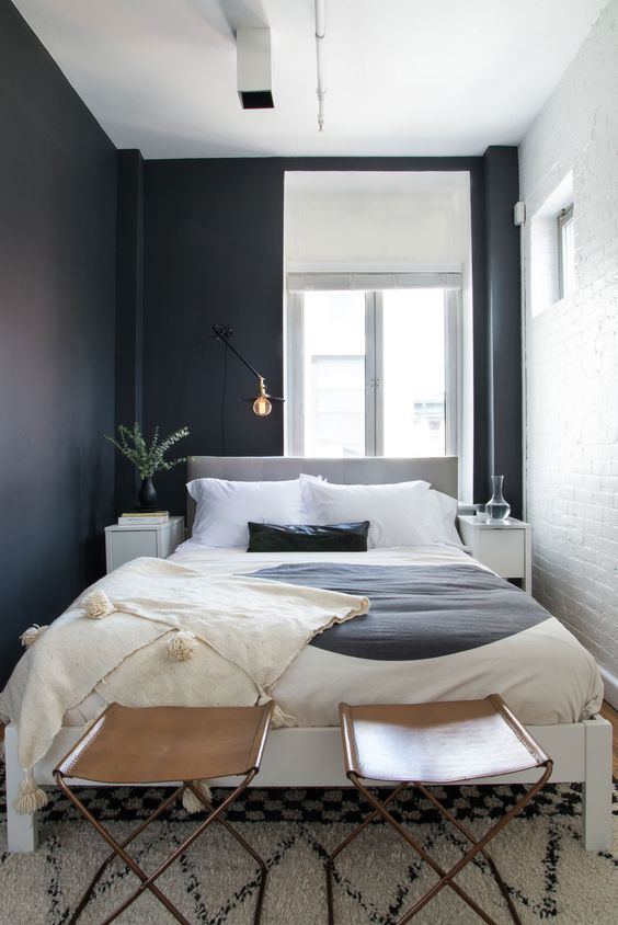 Small Guest Bedroom 5-min