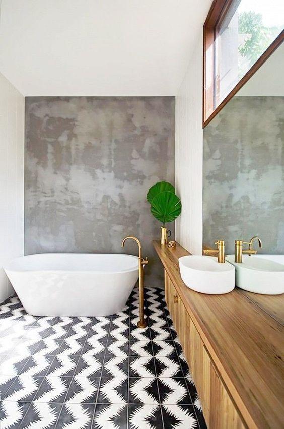 eclectic bathroom 22