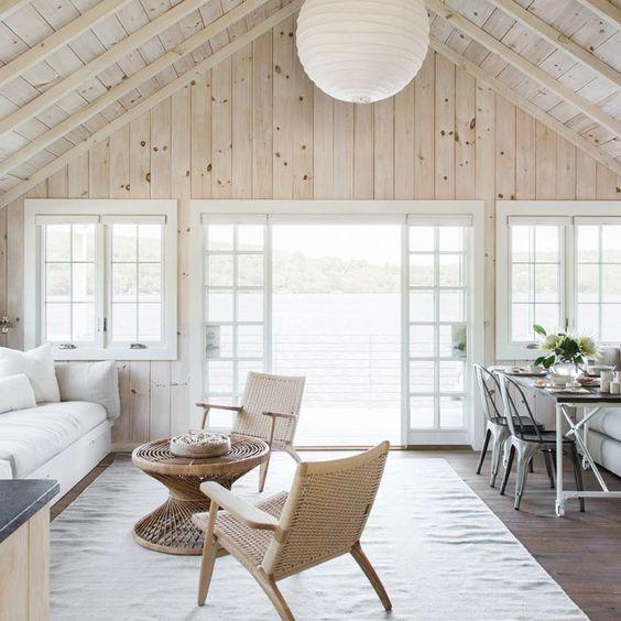 beadboard living room 22