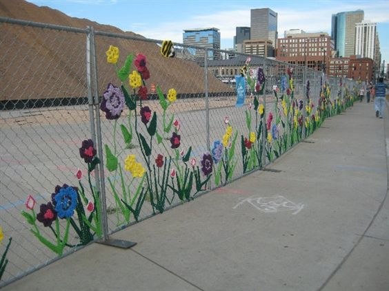 chainlink fence ideas 14