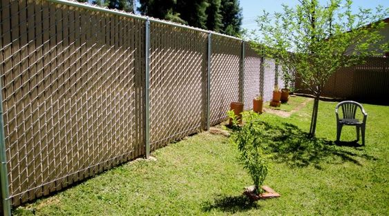 chainlink fence ideas 19