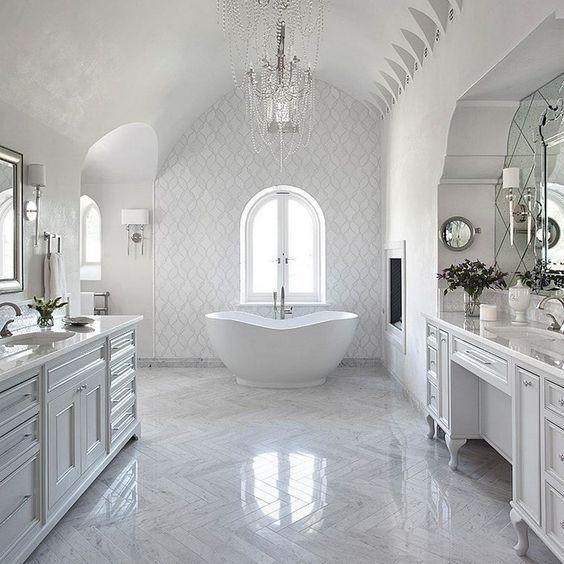 glamour bathroom 23