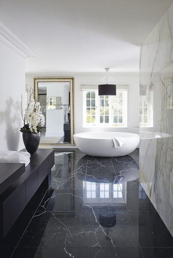 glamour bathroom 4