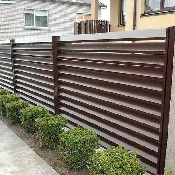 louvered fence 11