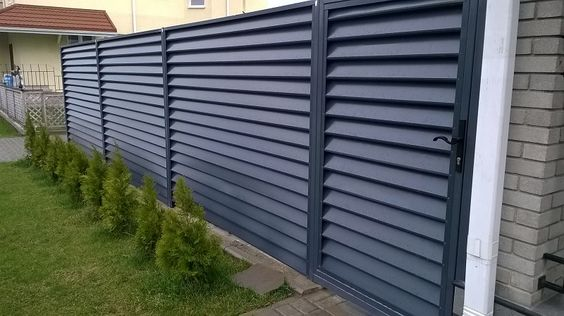 louvered fence 15