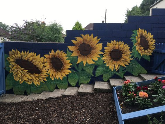 fence painting ideas 14