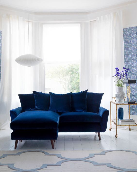 Navy Living Room: Brightly Decorative Room