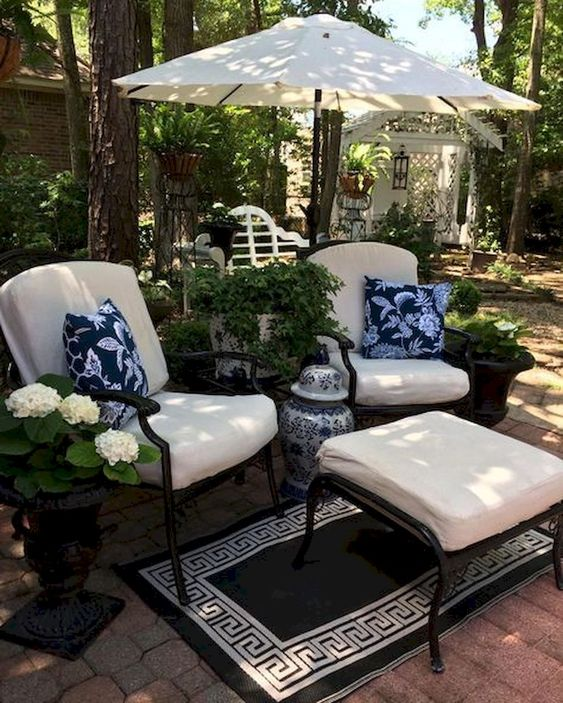 simple patio ideas 10