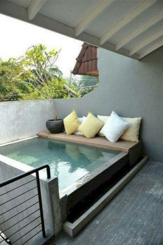 Small Swimming Pool: Simple Above Ground Pool