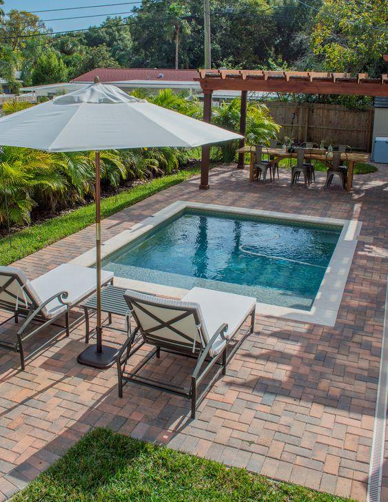 Small Swimming Pool: Modern Rustic Pool