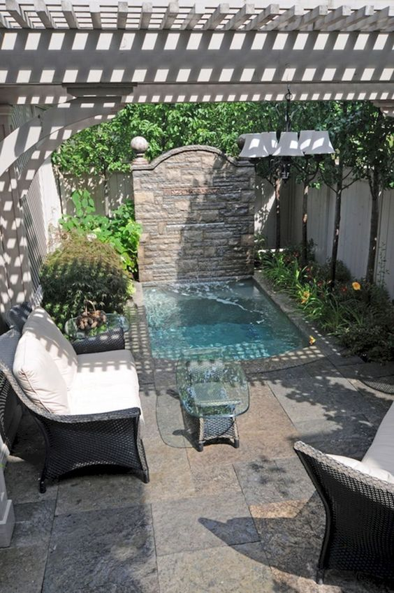 Small Swimming Pool: Cozy Gorgeous Pool