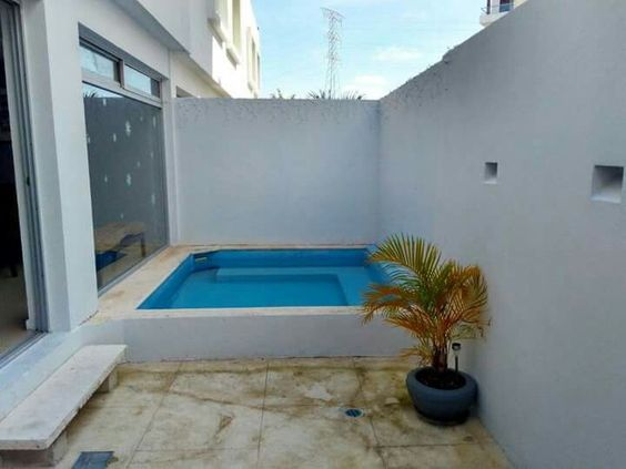 Small Swimming Pool: Cozy Above Ground Pool