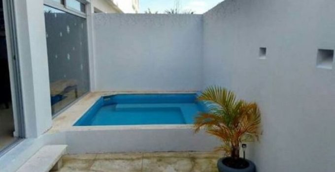 small swimming pool feature