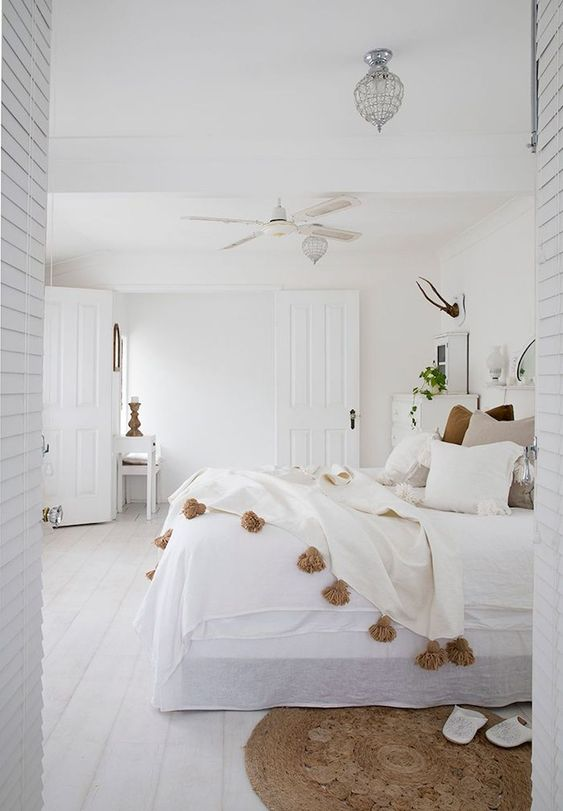 white bedroom ideas 25