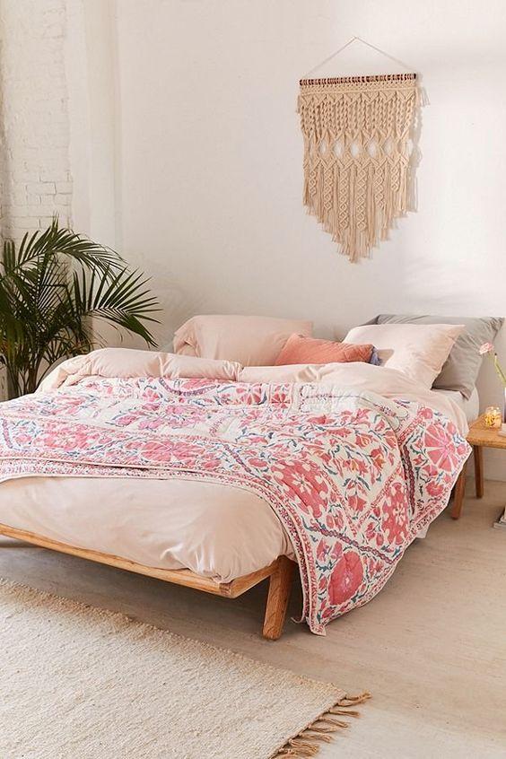 White Bedroom Ideas: Stylish Girly Decor