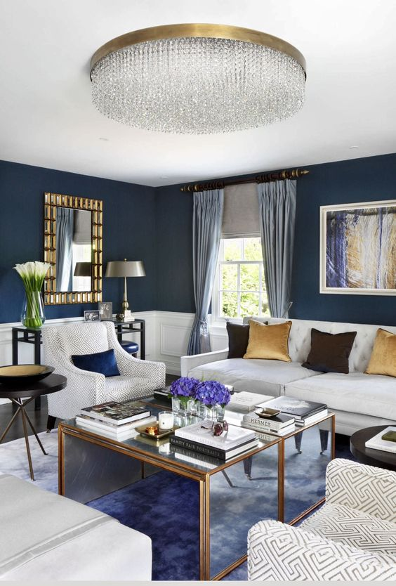 Blue Living Room: Stylish Navy White