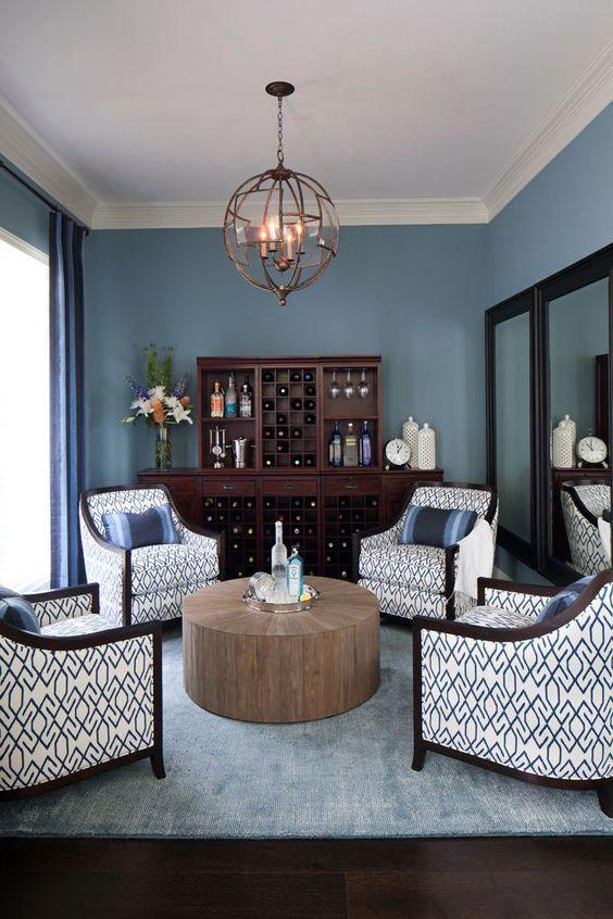 Blue Living Room: Festive Soft Decor