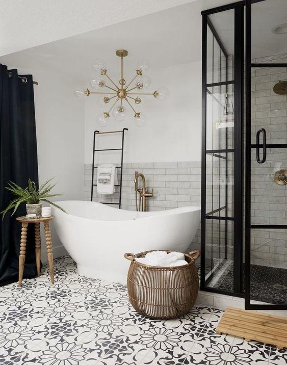 Boho Bathroom Ideas: Stylish Monochrome Decor