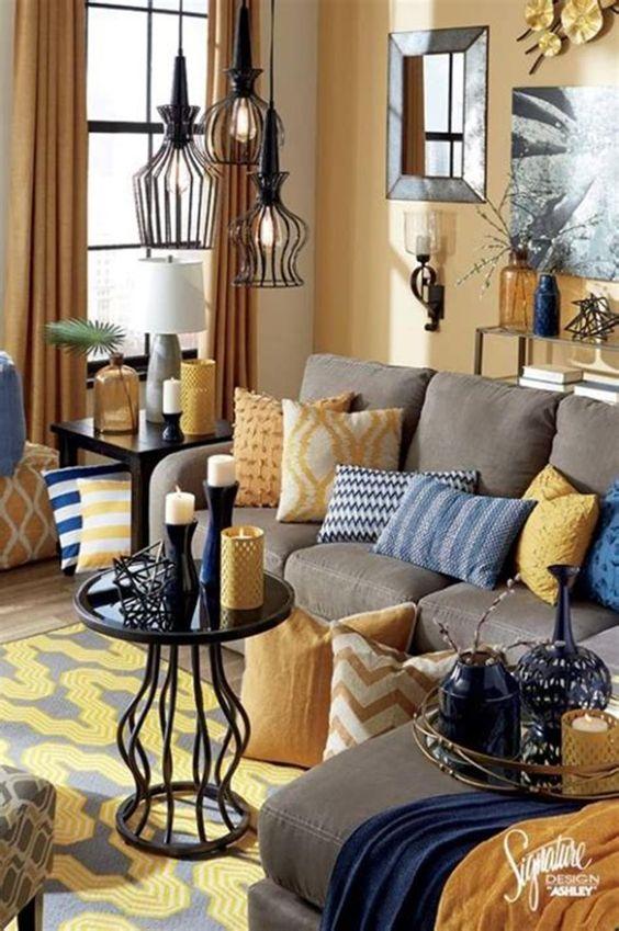 Brown Living Room Ideas: Catchy Festive Decor