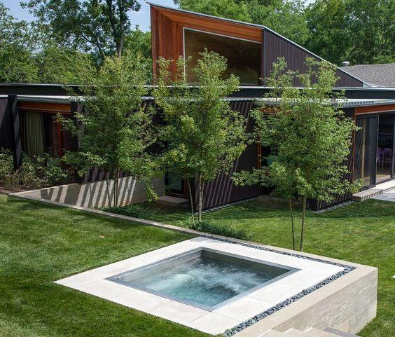 Built In Hot Tub: Simple Minimalist Styl