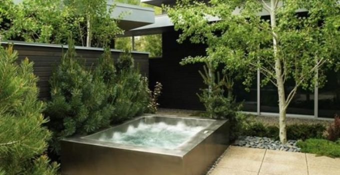 built in hot tub feature