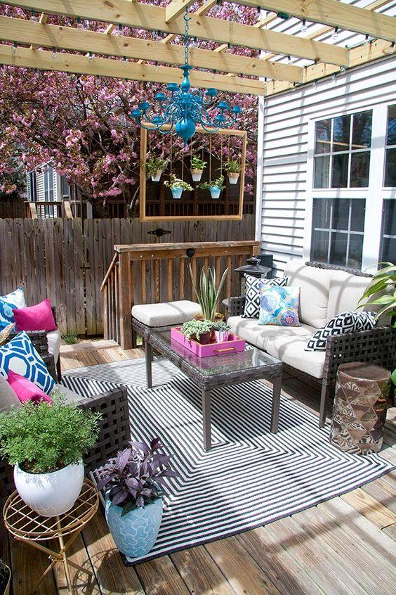 farmhouse patio ideas 17