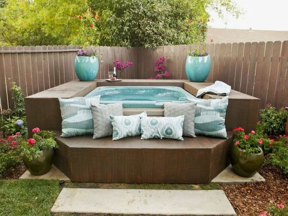 hot tub privacy 25