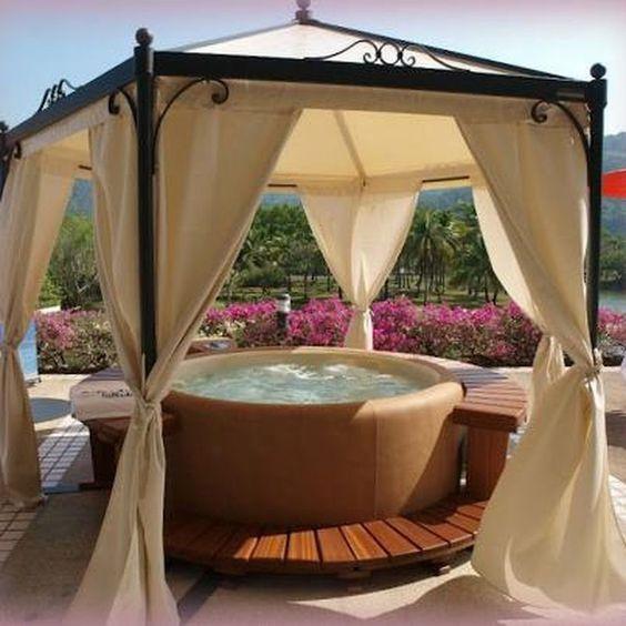 hot tub privacy 4