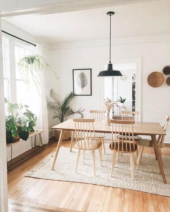 Rustic Dining Room: Simply Stylish Decor