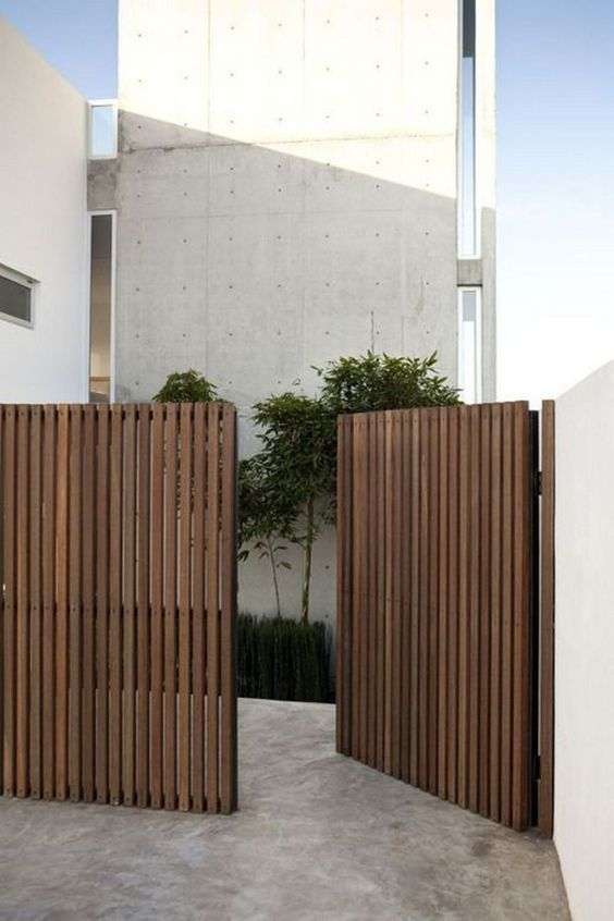 vertical fence ideas 20