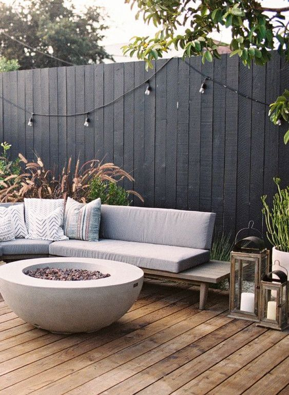 vertical fence ideas 25