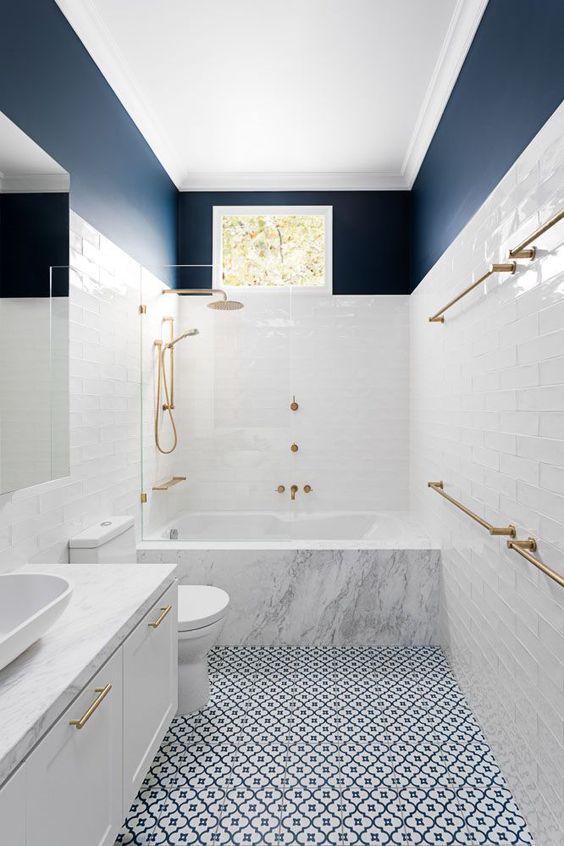 White Bathrooms Idea: Stylish Decorative Decor