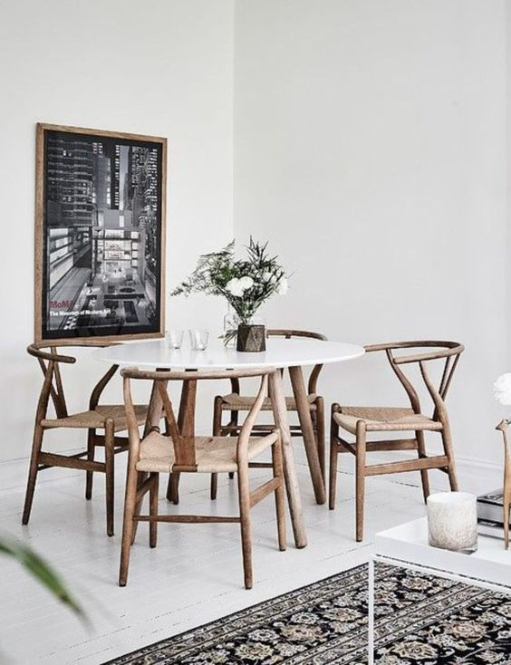White Dining Room: Rustic White Decor