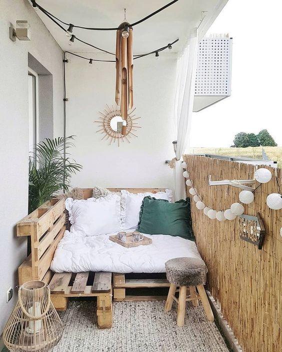 Apartment Patio Ideas: Catchy Earthy Decor
