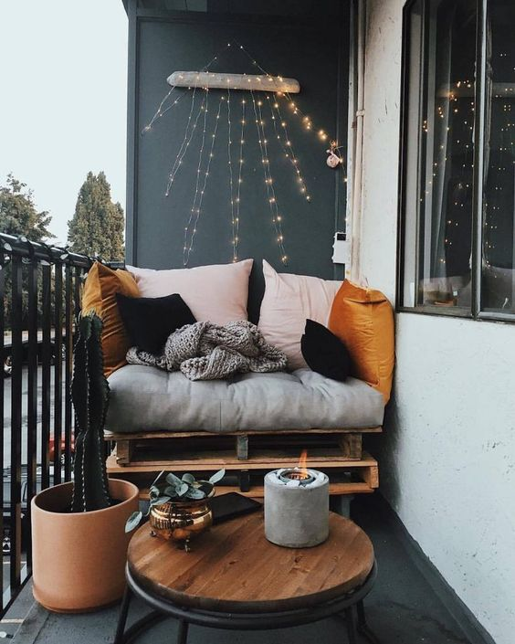 Apartment Patio Ideas: Stylish Earthy Decor