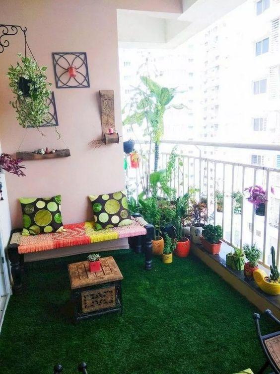 Apartment Patio Ideas: Catchy Colorful Decor