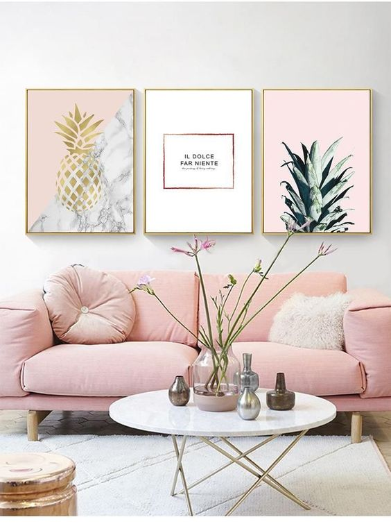 Pink Living Room: Simply Catchy Decor