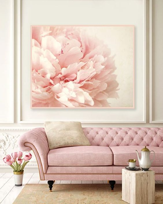 Pink Living Room: Gorgeous Victorian Decor