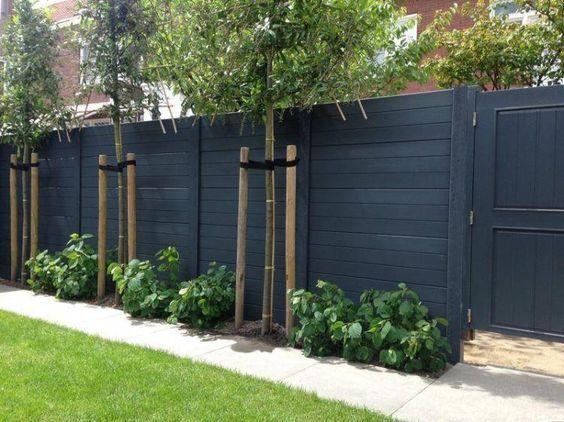 black fence ideas 13