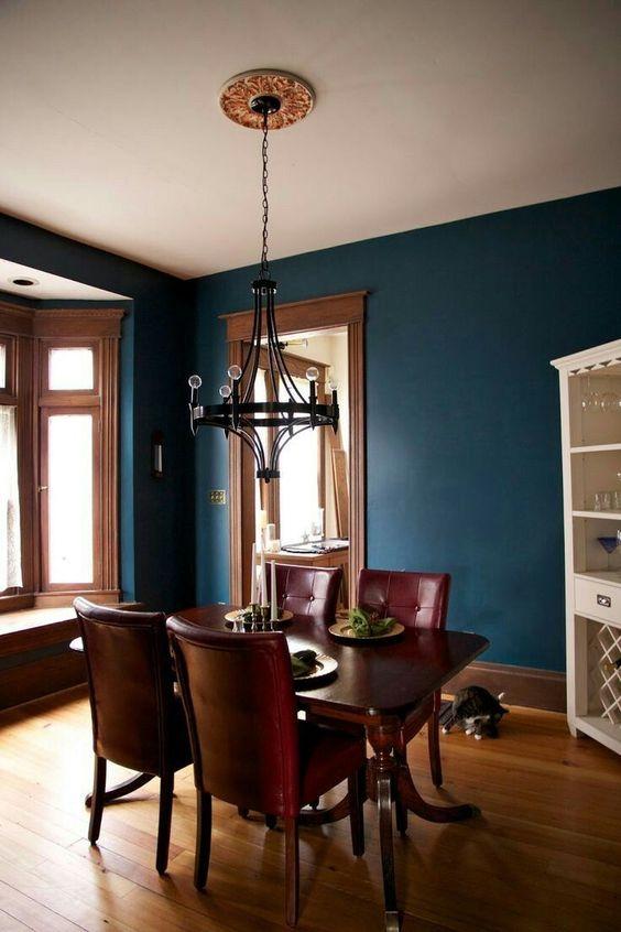 Blue Dining Rooms: Elegant Earthy Decor