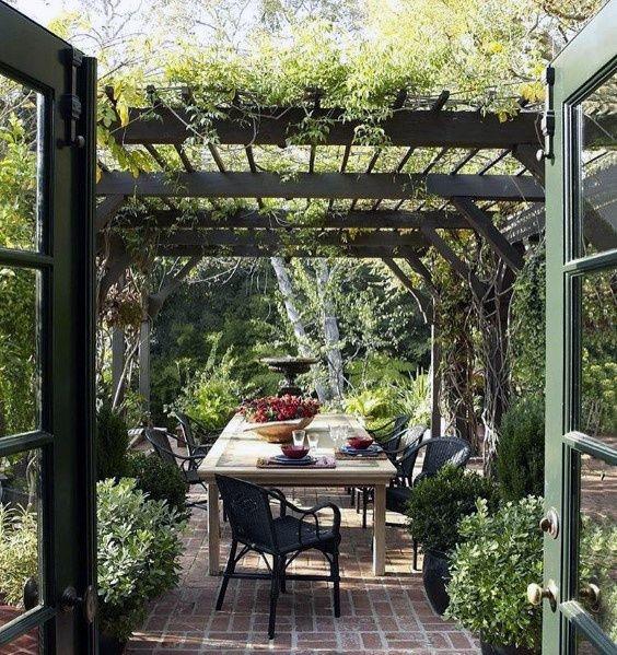 Brick Patios Ideas: Elegant Earthy Design