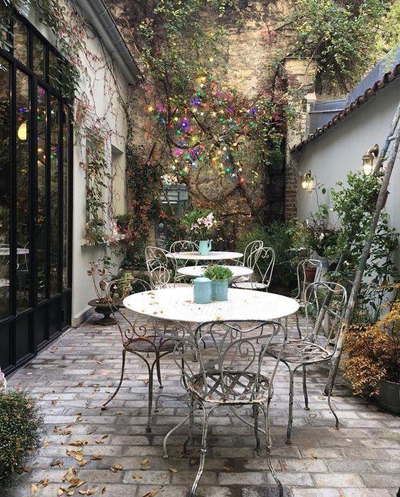 brick patio ideas 18
